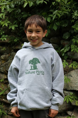 Youth-Pullover-Hoodie-332x498 (2)
